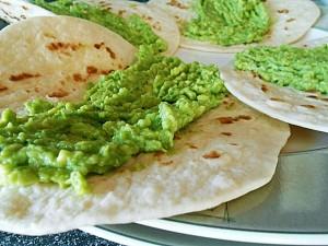 easy-tortillas-recipe-step2 kipkitchen.com #tortillas #recipe #NoLard #wraps #vegetarian