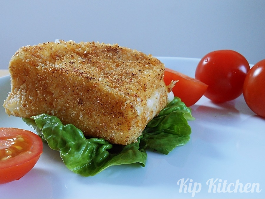 Deep Fried Camembert Cheese | kipkitchen.com | #DeepFried #camembert #cheese #recipe #starter