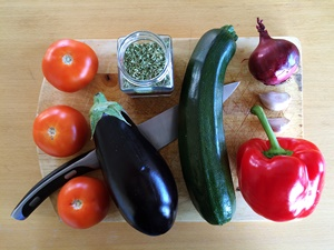 How to Make Ratatouille--Ingredients | kipkitchen.com | #healthy #recipe #vegan
