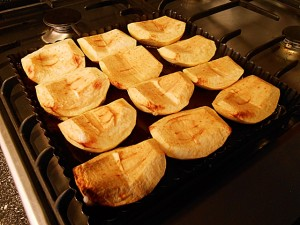 Apple pie: Baked apples kipkitchen.com #ApplePie #recipe #desserts