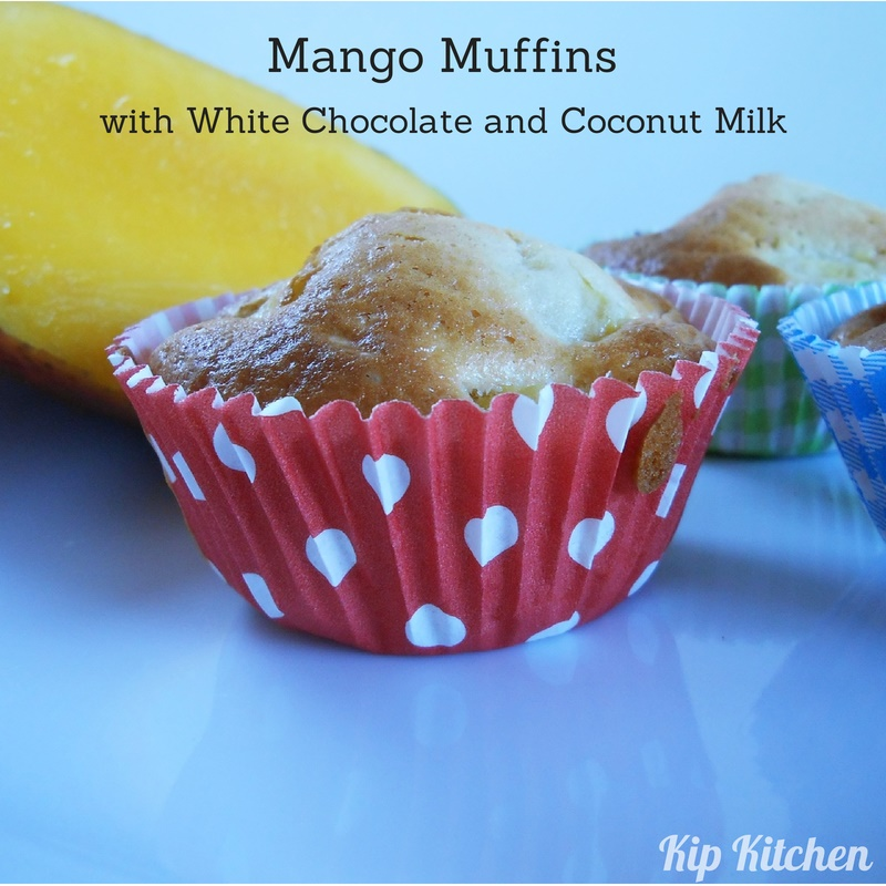 Easy Muffin Recipe with Mango Result | kipkitchen.com #muffin #mango #recipe