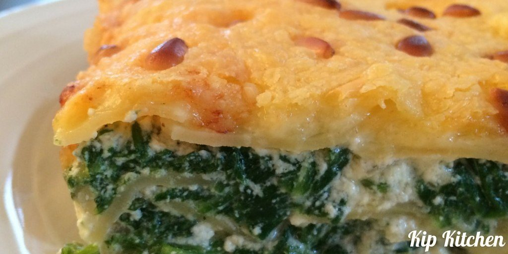Spinach and Ricotta Lasagna No White Sauce | kipkitchen.com