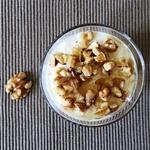 Yogurt with Honey and Walnuts. A Healthy Breakfast | kipkitchen.com #breakfast #healthy #nutrition #goodmorning